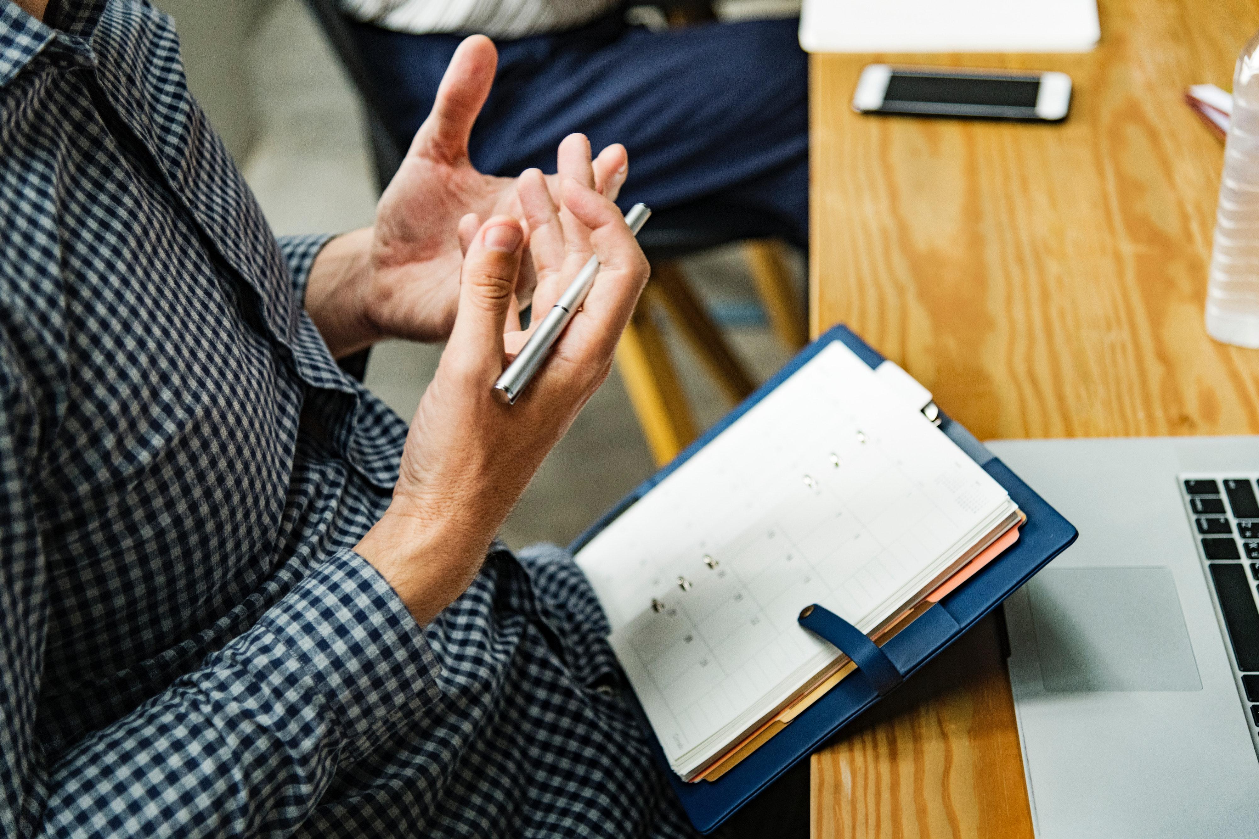 adults-agenda-brainstorming-1451449