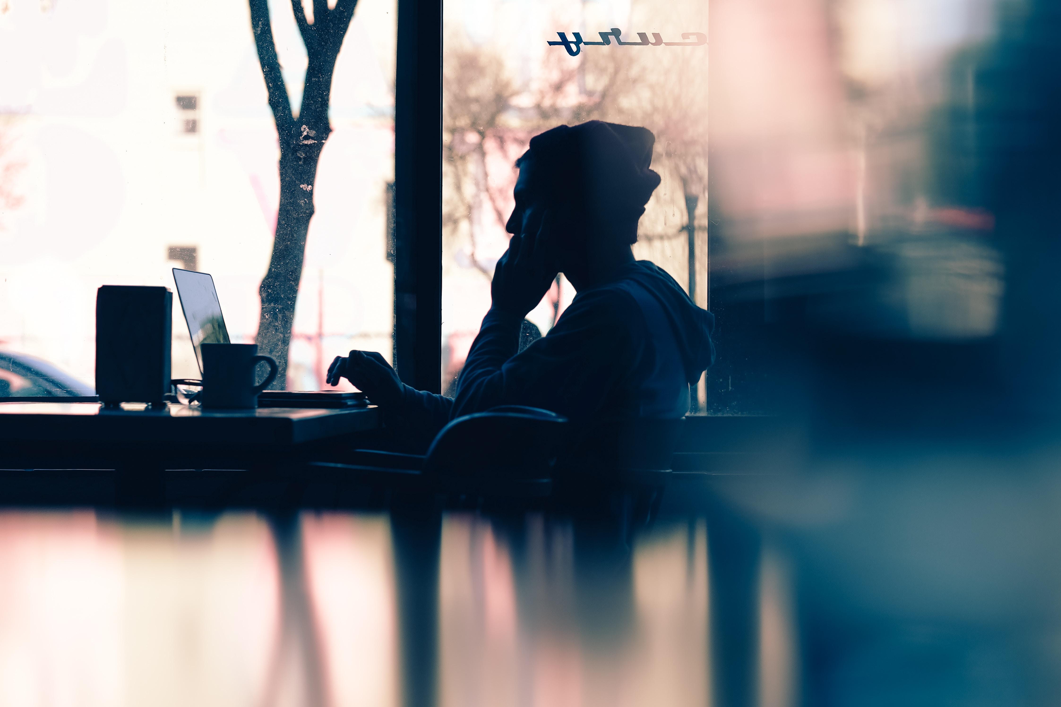 Freelance Platforms: Definition, Benefits + Limitations